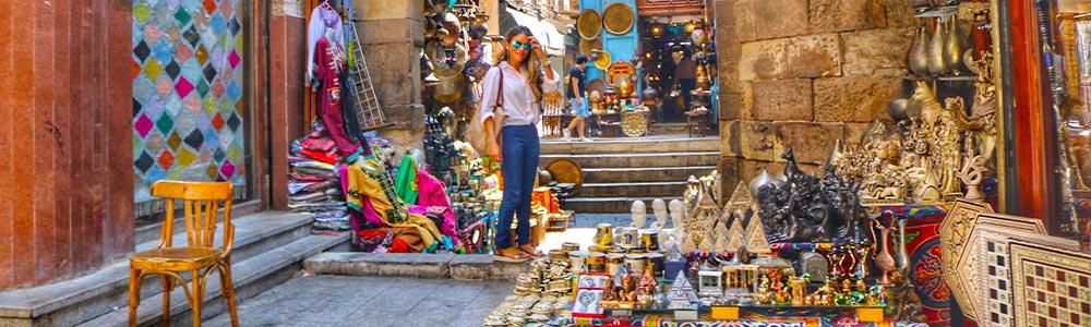 Día 5:Tomar el vuelo a El Cairo – Visitar las atracciones de El Cairo Viejo