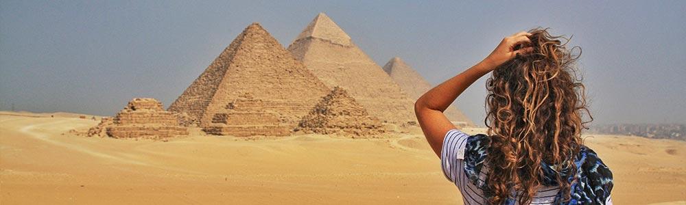 Día 2: Tour a las Pirámides y Menfis - Vuela a Luxor