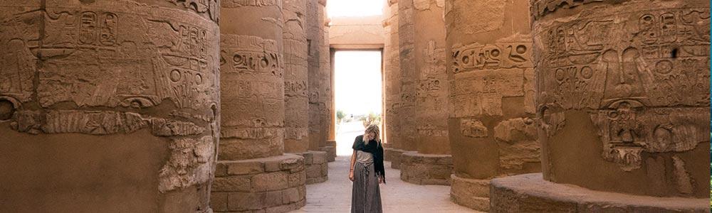 Día 5: Viajar a Luxor- Visitar Las atracciones de La Orilla Oriental de Luxor