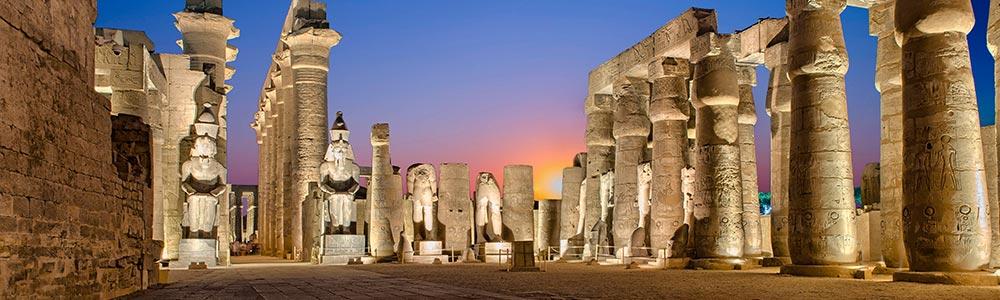Día 3: Vuelo a Luxor y Meditar en sus Templos