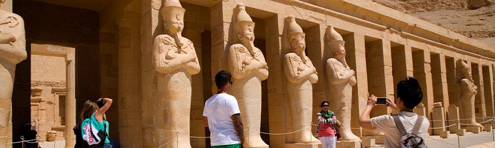 D  a 3: Las Atracciones de Luxor