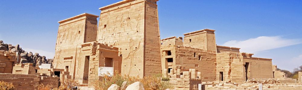 Día 1:Empieza tu crucero por el Nilo y La Visita de las atracciones de Asuán