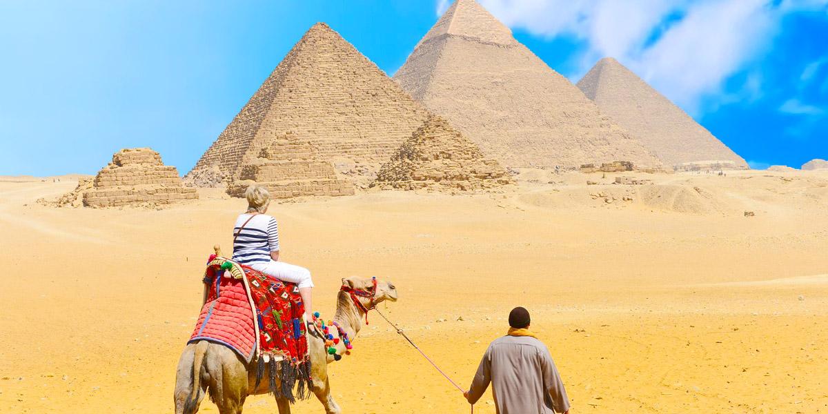 Excursión a El Cairo desde Asuán de Dos Días