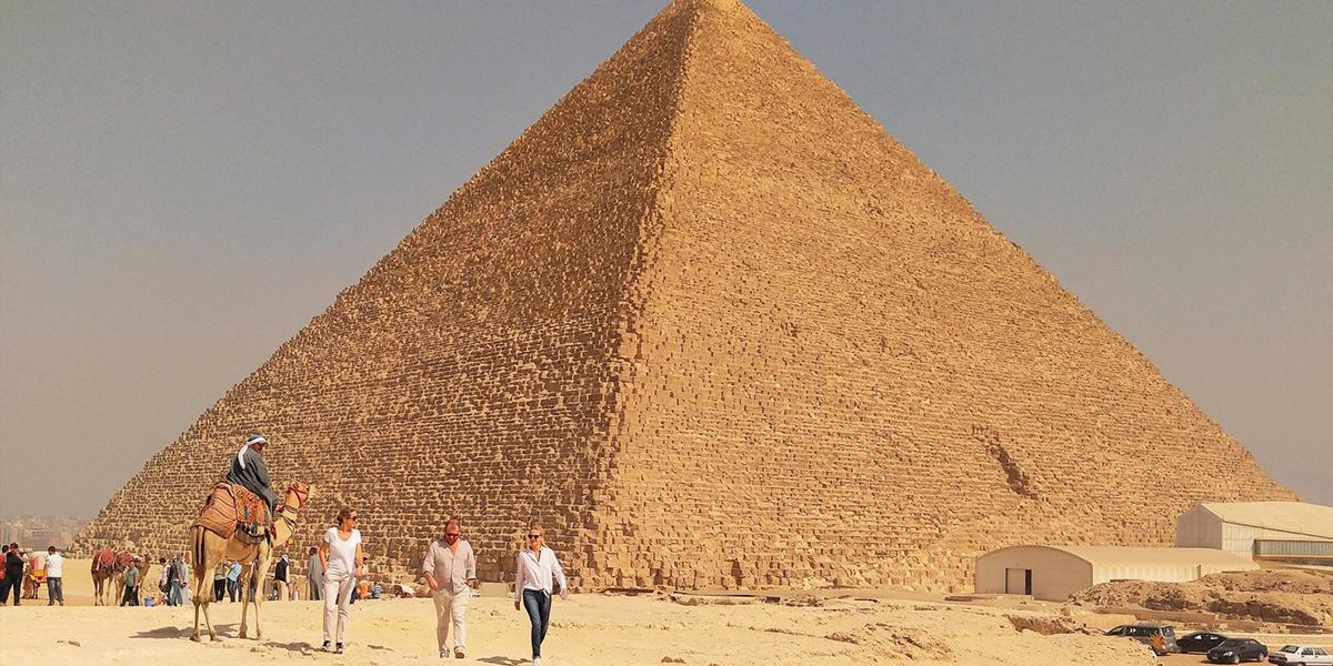 Maravillosa Excursión desde Hurgada a El Cairo de Dos Días
