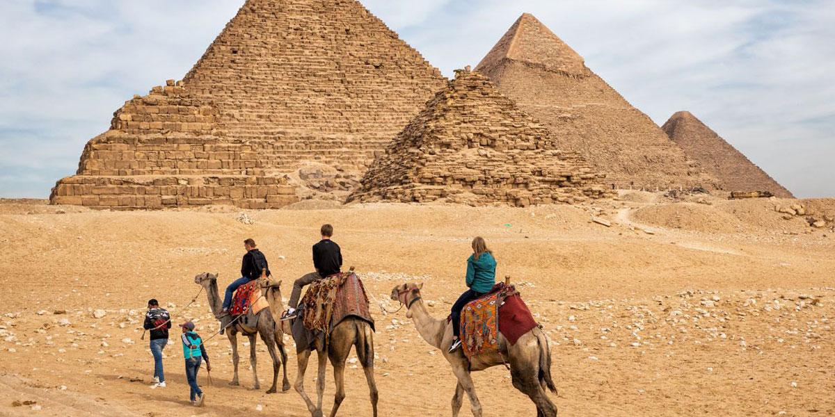 Excursión de Hurgada a las Pirámides de Guiza