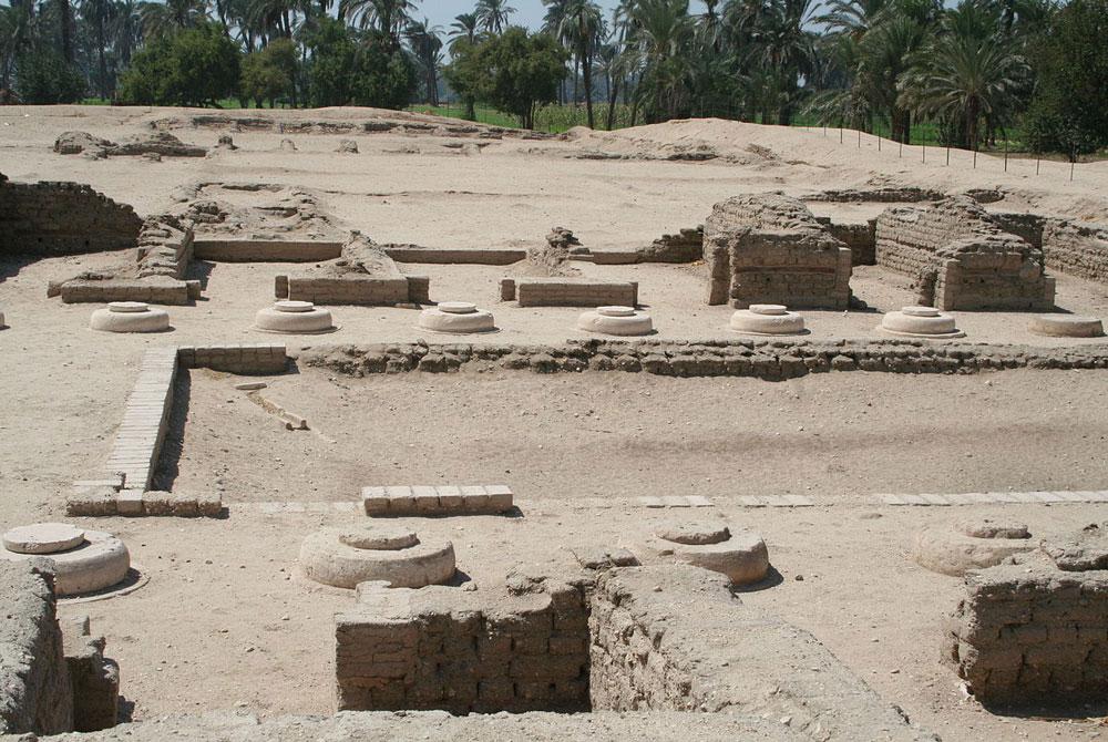 Ruinas de Palacio en Tell Amarna - Egypt Tours Portal (ES)