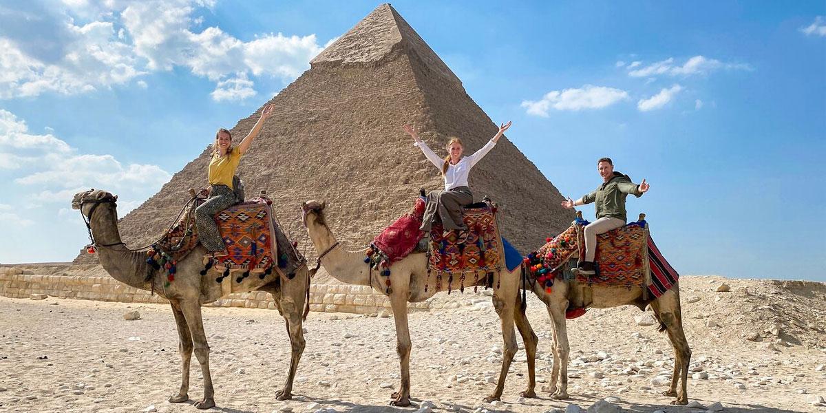 12 Días Mágicos en El Cairo, Alejandría, Alto Egipto, y Sahara
